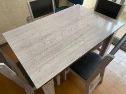 Mesa 4 cadeiras + Fogão Bosch 4 Bocas + Microondas Eletrolux 20L