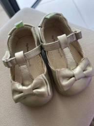 Sapato Tip Toey Joey Dourado