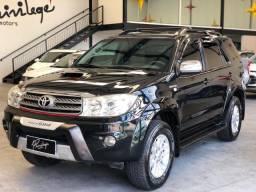 Hilux Sw4 3.0 diesel 4x4 7 lugares 2011