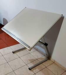 Mesa de desenho ajustável Trident A0