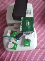 Central de alarme com sirene é dois controles com  bateria reserva