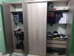 Vendo guarda roupa, semi novo, 5 meses de uso 6 portas