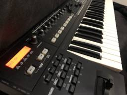 VENDO CONTROLADOR ROLAND A 800 PRO + INTERFACE MIDI ROLAND