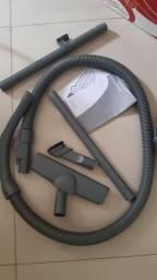 Aspirador de pó Eletrolux Listo 1300W