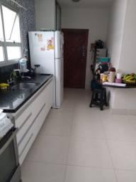 Apto 2 Qtos Com Suite e DEP. Praia da Costa e Varanda 289.990 Oportunidade.