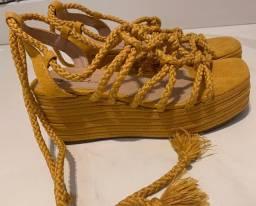 Sandália anabela corda