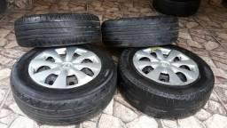 4 rodas de ferro aro15, cinco furos , <br>4 pneus 195/65/R15  <br>