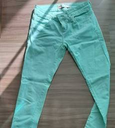 Calça jeans verde água.  Pool,  tamanho 38.