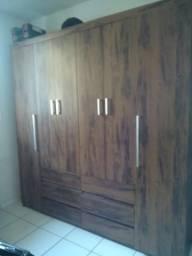 Vendo Guarda roupa 6 portas
