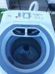 Lavadora de roupas Brastemp de 12 Kg
