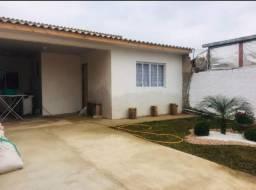 Casa na vila israelense Araucária