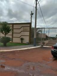 Alugo uma casa Cidade de Brodowski condomínio fechado