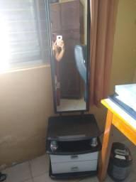 Vendo criado com espelho