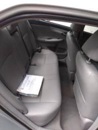 Corolla automático Gli 1.8 2012 prata flex - 2012