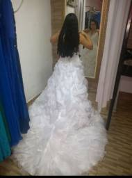 Vestido de noiva princesa vendo ou troco seminovo