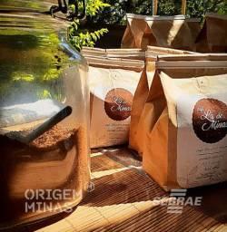 Café Gourmet Artesanal em Pó - 250 g | Café Lá De Minas