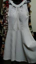Vendo vestido branco semi novo