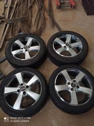Rodas 15 RW Furacão 4 x 100 seminovas 02 pares de pneus 80%