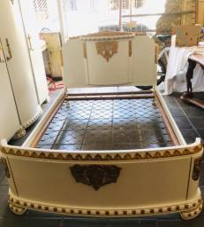 Mobiliário antigo francês