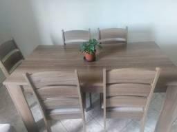 Mesa 6 cadeiras em MDF