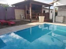 Casa com piscina em figueira