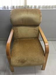 Vendo 2 cadeiras poltronas confortáveis