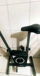 kit para treino: bike ergometrica, halteres, e  caneleiras