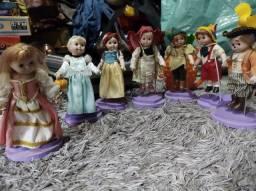 Bonecas de porcelanas