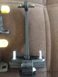 Limitador da tampa traseira da Fiorino modelo novo.