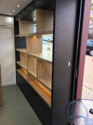 Estante / Prateleira (para comércio, escritório ou residência)