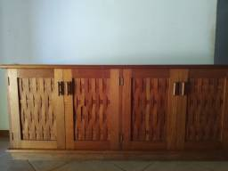 Balcão em madeira