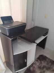 Vendo mesinha de computador e cadeira giratória
