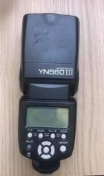 Câmera Cânon 60D + Lente Sgima + Flash