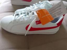 Tênis Nike Original tam 42 USA 10 Branco.