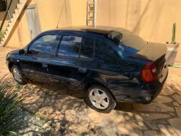 Renault Clio Sedan Privilegi Completo 1.0 16v 2003