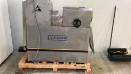 Maquina automática para fabricação de pães de hambúguer