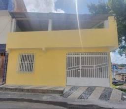 Casa com terraço no bairro Pontalzinho
