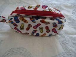 Necessaire tecido com forro e ziper R$25,00 (cada)