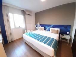 Flat no Quality Suites Alphaville com 1 dormitório, 1 vaga, com 45²!