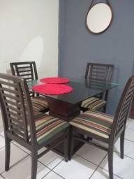VENDO Mesa de jantar 4 cadeiras