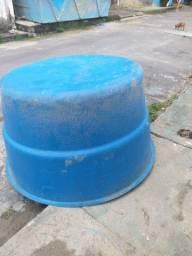 Vendo Caixa de água