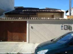 Casa em Macaé 200 m2- Troco por Ap no ES