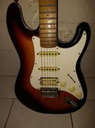 Guitarra washburn Lyons muito boa