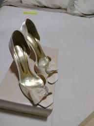 Sapatos de noiva Laura Porto calça 37/38