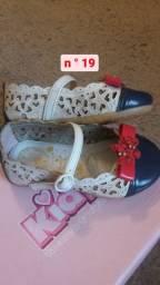 Calçados de menina nº19