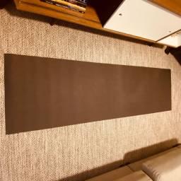 Tapete de yoga Kapazi 2m x ,60cm x 5mm Preto usado