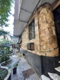 Apartamento para aluguel a duas quadras da praia, com 26 metros quadrados em Copacabana
