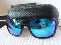 Óculos Oakley Moto GP Preto Polido Verde Polarizado - Completo e com Estojo  Carbono 2a979b6e96