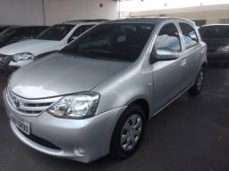 Toyota Etios 1.3 Flex Completo Financiamos - 2015