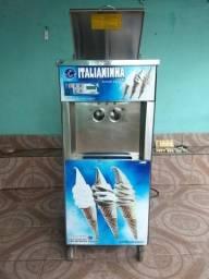 Maquina de sorvete italianinha trifasica